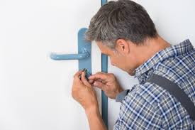 locksmith in West Palm Beach, FL